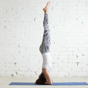 Sirsasana - Yoga for Naturally Glowing Skin