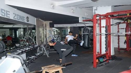 PowerHouse Gym, Andheri East